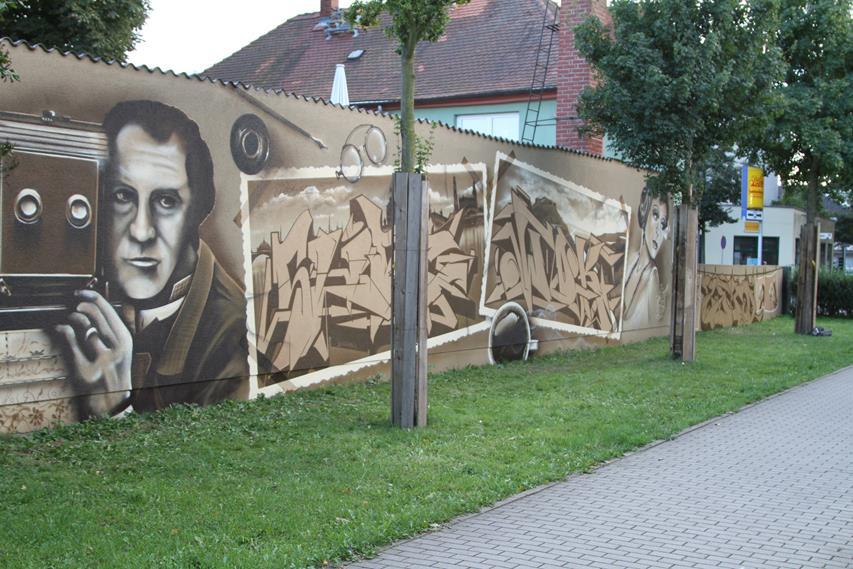 9. Hermann Krone Wand.